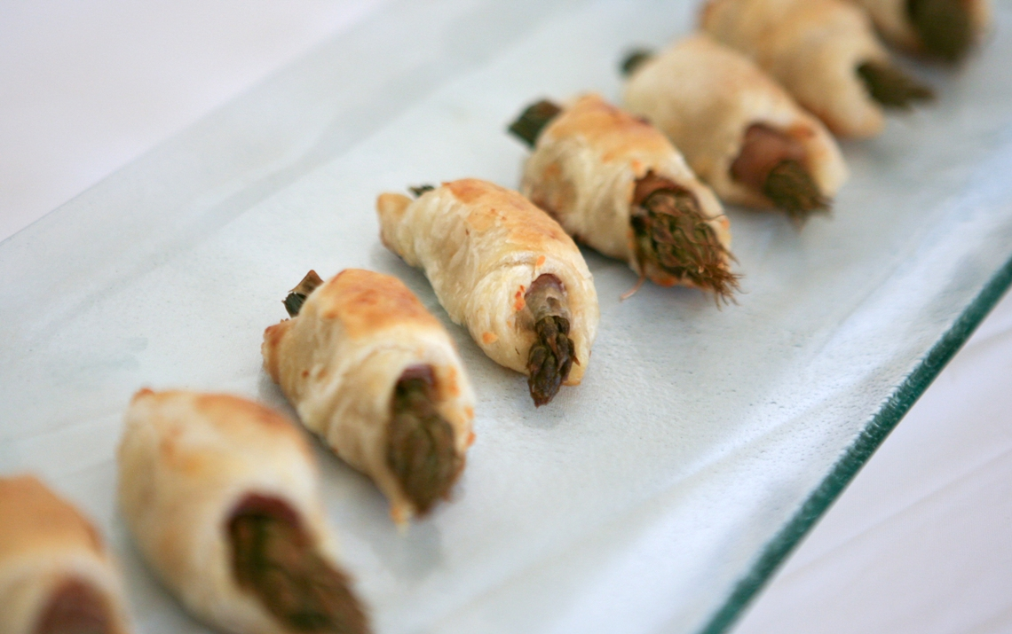 Carousel-Catering-Inc-Asparagus-wrapped-with-Prosciutto-and-Puff-Pastry