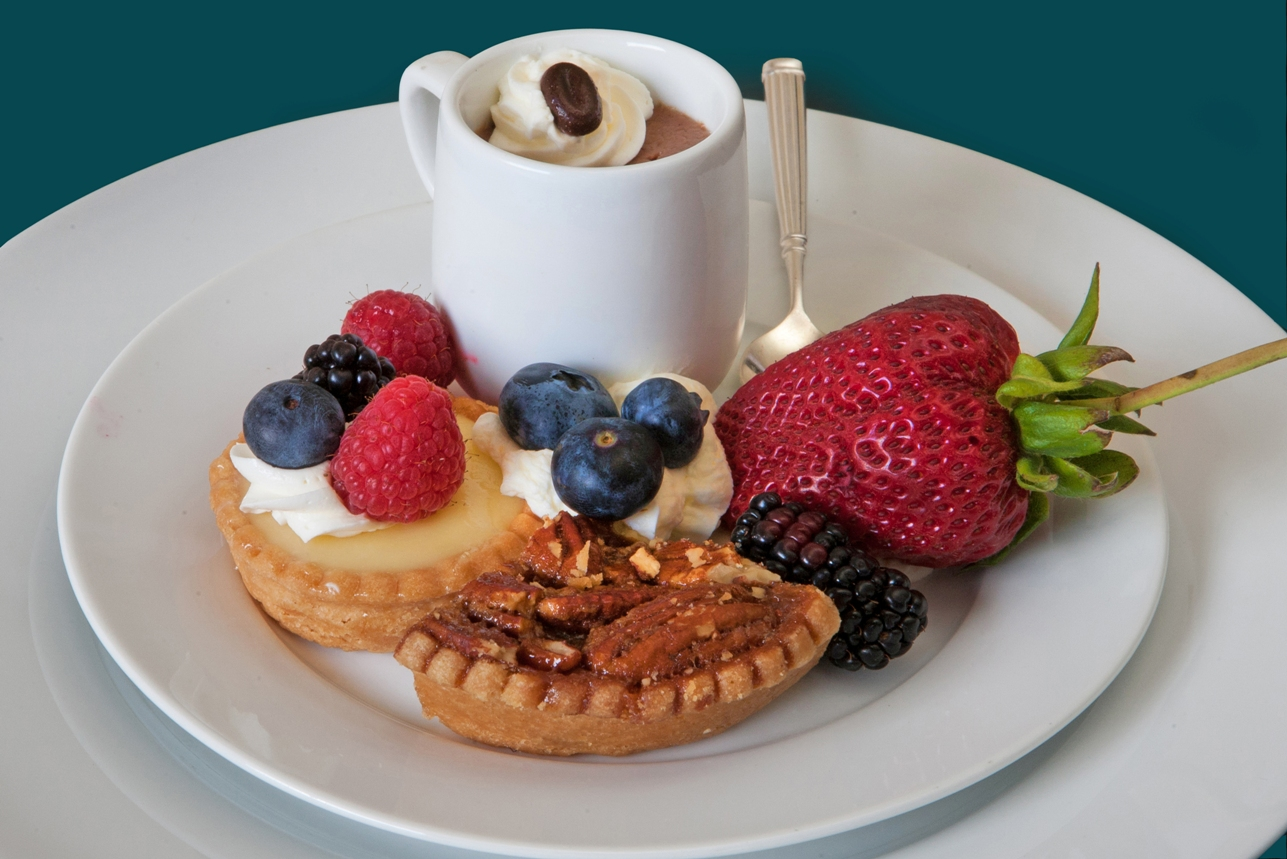 Carousel-Catering-Inc-Trio-of-Desserts-Pots-du-Creme-Mini-Pecan-Pie-Lemon-Tart